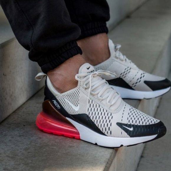 the latest 67bb1 35d7e MENS NIke AIRMAX 270